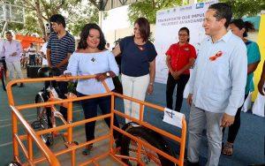 """Carlos Joaquín entrega 437 bicicletas del programa """"Transporte que Impulsa; Mujeres Avanzando"""""""
