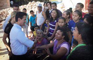 Garantiza Peña Nieto alimentación para damnificados de Oaxaca