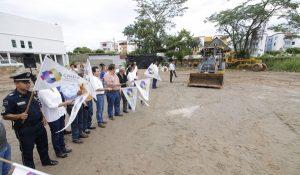 Con inversión de casi 5 MDP, lleva Gaudiano a Blancas Mariposas dos canchas de fútbol 7