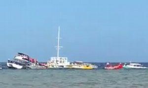 Se hunde catamarán con 95 pasajeros a bordo en Cozumel