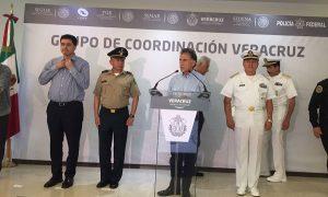 Alcaldes que no asistieron a reunión se harán cargo de la seguridad directamente: Yunes Linares