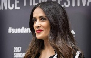 Salma Hayek, nominada a mejor actriz en la película Beatriz at the dinner
