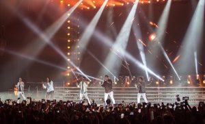 "Llenan Backstreet Boys el Moon Palace Arena en su gira ""Larger Than Life"" en Cancún"