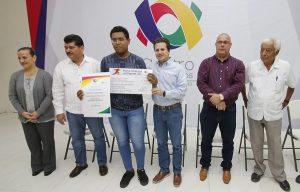 Entrega Gaudiano Premio Municipal a lo mejor del Deporte en Centro 2017