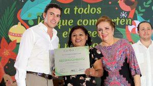 Reconoce Remberto Estrada a trabajadores municipales del Ayuntamiento de Benito Juárez