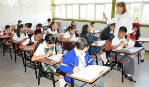 Este lunes regresan a clases más de 25 millones de alumnos