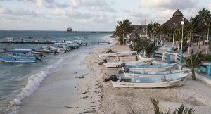 """Busca gobierno de Laura Fernández certificar la ventana al mar como playa """"Blue Flag"""""""