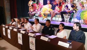 Presentan a soberanos del Carnaval Cancún 2018