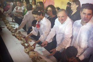Invitan en Campeche a cortar Súper Rosca de Reyes de 3 kilómetros