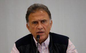 Entregaremos la administración estatal con más de 2 mil mdp en caja: Yunes Linares
