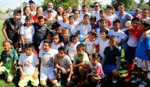 Atestigua Casilda Ruiz segundo día de actividades del Torneo de la Amistad en Centro