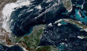 Se prevén temperaturas máximas de 33 a 37 grados en la Península de Yucatán