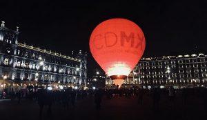 Disfrutan 4 horas de velada romántica en el Zócalo