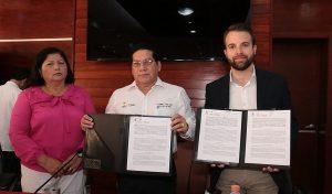 Acuerda Salud en Tabasco compra de equipo de rayos X