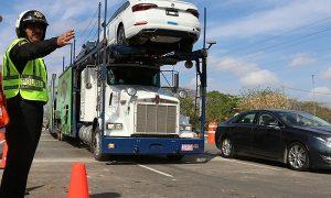 Amplio despliegue policiaco, en el distribuidor vial de Progreso en Yucatán
