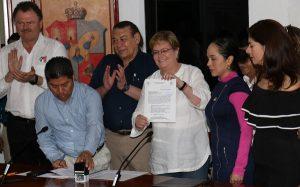 Se registra Gina Trujillo ante el IEPC como candidata a la gubernatura de Tabasco