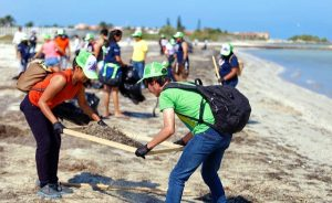 Crece Voluntariado Sejuve y se suma a limpieza de playas en progreso, Yucatán