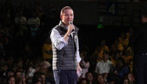 Presenta Ricardo Anaya integrantes de su equipo de campaña