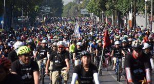 Conmemoran Día Mundial de la Bicicleta con Mega rodada en CDMX; participan 12 mil ciclistas
