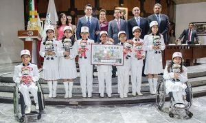 Da Alejandro Moreno Cárdenas, el campanazo al sorteo de la Lotería Nacional