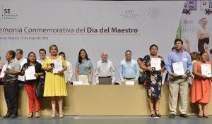 Reconoce Núñez labor de maestros en Tabasco
