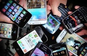 Cuidado, el celular puede causar daños a tu piel
