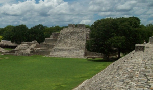 Sitios Arqueológicos en Campeche siguen siendo dañados: INAH