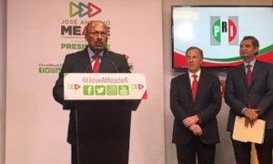 Ochoa Reza renuncia a dirigencia del PRI, René Juárez asume de manera temporal