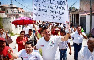 Plena inclusión laboral y programas que impulsen desarrollo de Campeche: Christian Castro