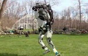 Robot humanoide ya puede saltar y correr