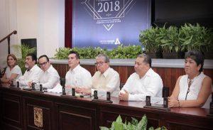 Entrega Alejandro Moreno Cárdenas Premio Estatal de Periodismo 2018