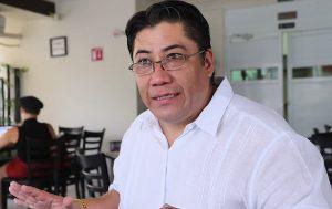 Gina Trujillo debe declinar a favor de Gaudiano pide Abraham Ortega