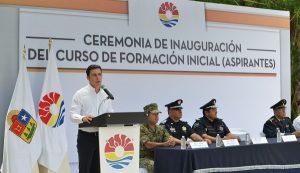 Intensifica profesionalización policial de Cancún