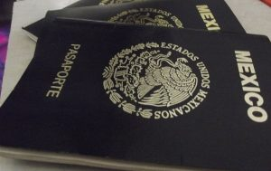 Alerta SRE de estafas a solicitantes del pasaporte en Veracruz