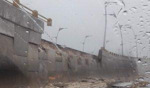 Calles inundadas, puente colapsado y daños en viviendas dejan lluvias en Campeche