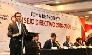 Reconoce Remberto Estrada contribución de Contadores