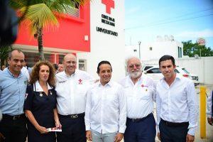Aplaude Remberto Estrada inauguración de Universidad Cruz Roja mexicana