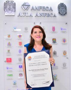 Investigadora de la UJAT recibe Mérito Académico ANFECA