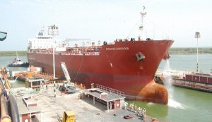 Recibe el Centro de Reparaciones Navales de Pemex primer Buque – Tanque de empresa privada