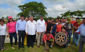 Se suma UJAT a iniciativa de Rotarios para plantar árboles