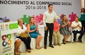 Agradece Remberto Estrada suma de esfuerzos de la sociedad y empresas en Benito Juárez