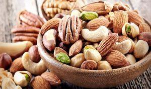 Frutos secos te podrían ayudar a bajar colesterol y triglicéridos