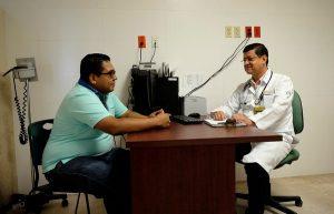 Buena alimentación y ejercicio ayudan a disminuir efectos de la Andropausia: Endocrinólogo