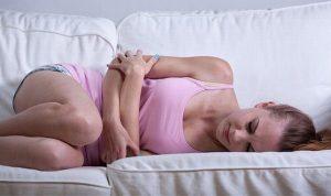 Remedios naturales para reducir los cólicos menstruales