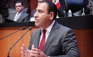 Evaluar a maestros provocara estallido social: Senador de Morena