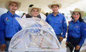 Universitarios Tarahumaras presentan innovador proyecto de agricultura