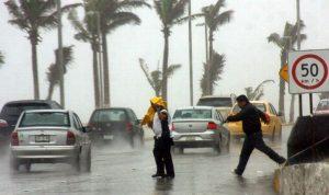 Protección Civil de Veracruz atiende 94 reportes de daños por lluvias