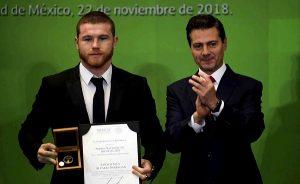 Recibe el 'Canelo' Álvarez el Premio Nacional de Deportes