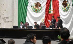 Diputados de Morena demoran sesión en Congreso de Veracruz