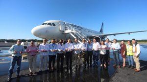 Recibe Pedro Joaquín a pasajeros de nueva ruta de Volaris a Cozumel